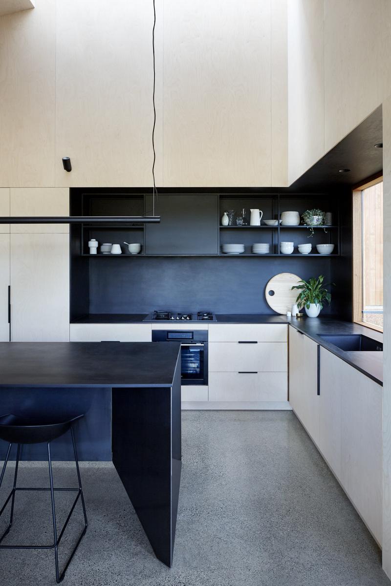 Two Halves - Moloney Architects